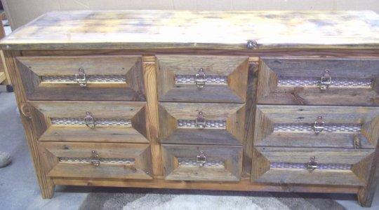 Dressers nampa idaho wood furniture boise caldwell for Furniture nampa idaho